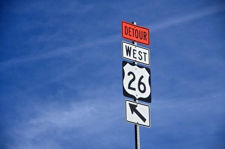 detour-sign-1141114